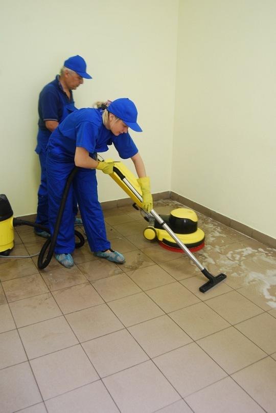 Гагарина: Обезоружена, чем чистить керамогранит на полу военкомата нет второстепенных